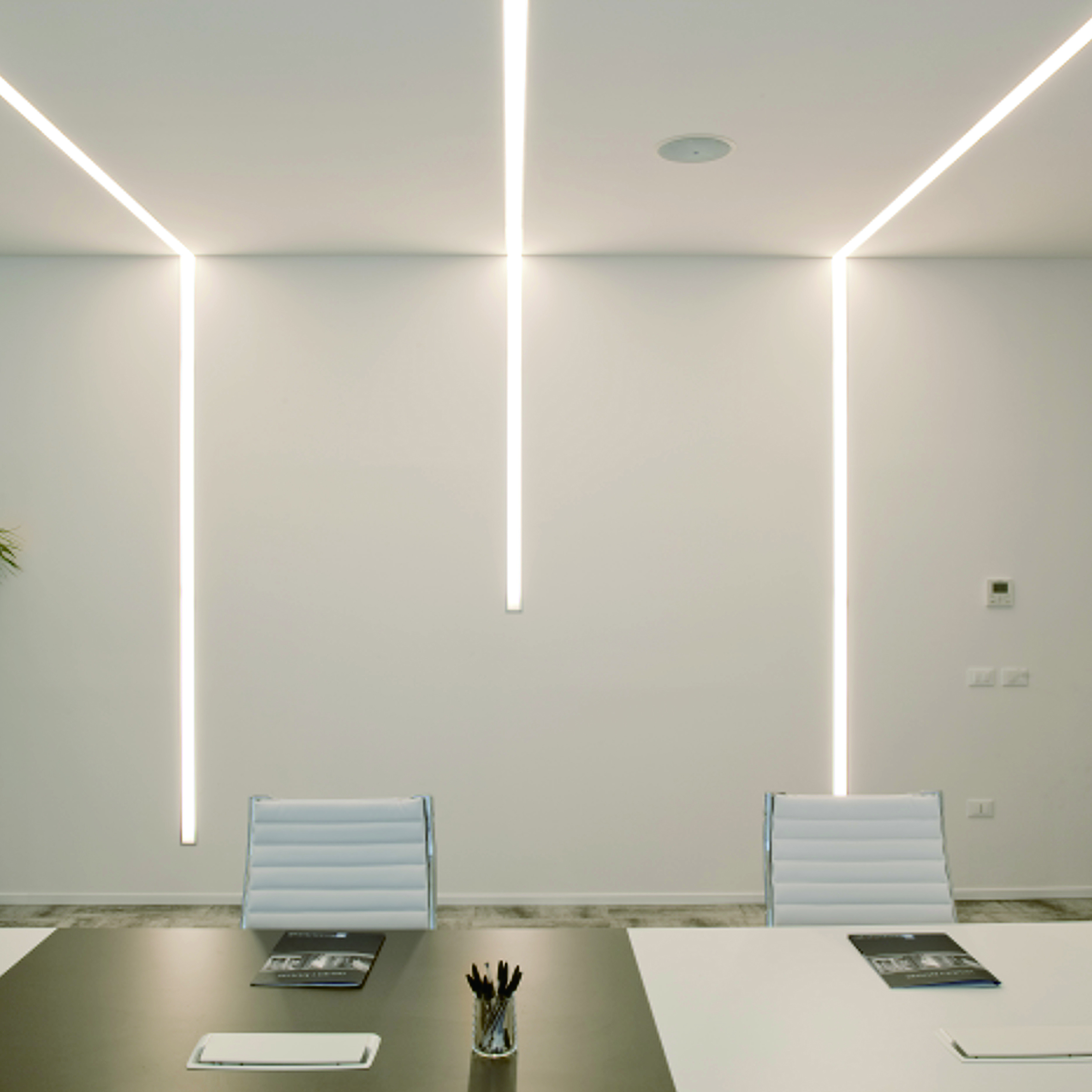 prod built linear in product light kreon lighting led mounted wall profile johto ceiling